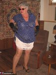 GirdleGoddess. Sunglasses, Gloves & Smoking Free Pic 8