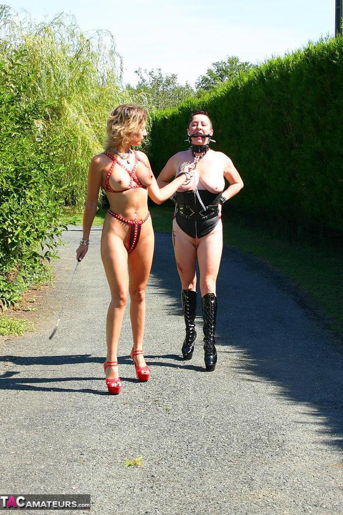 Sexy naked women maids