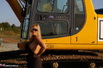 Nude Chrissy. The Excavator Free Pic 10