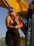 Nude Chrissy. The Excavator Free Pic 13