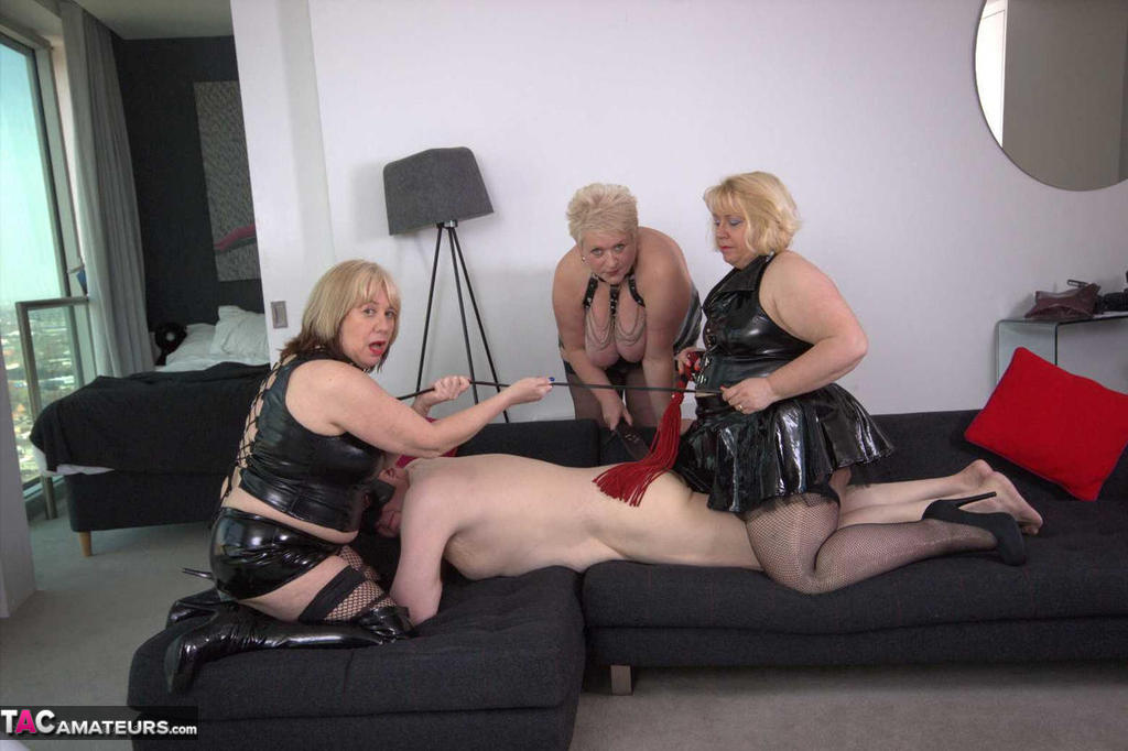 Submissive Slave Free Pic 1 ...