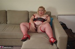 LexieCummings. Lexie On The Sofa Free Pic