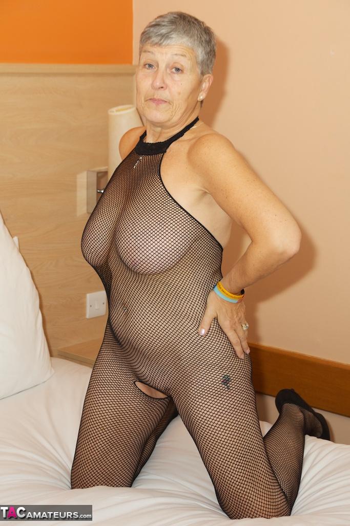Stocking women body mature