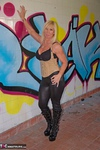 Melody. Graffiti Free Pic 6