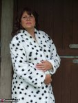 Sandy. See whats under my spotted dressing gown Free Pic 2
