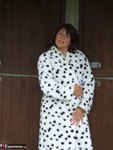 Sandy. See whats under my spotted dressing gown Free Pic 4