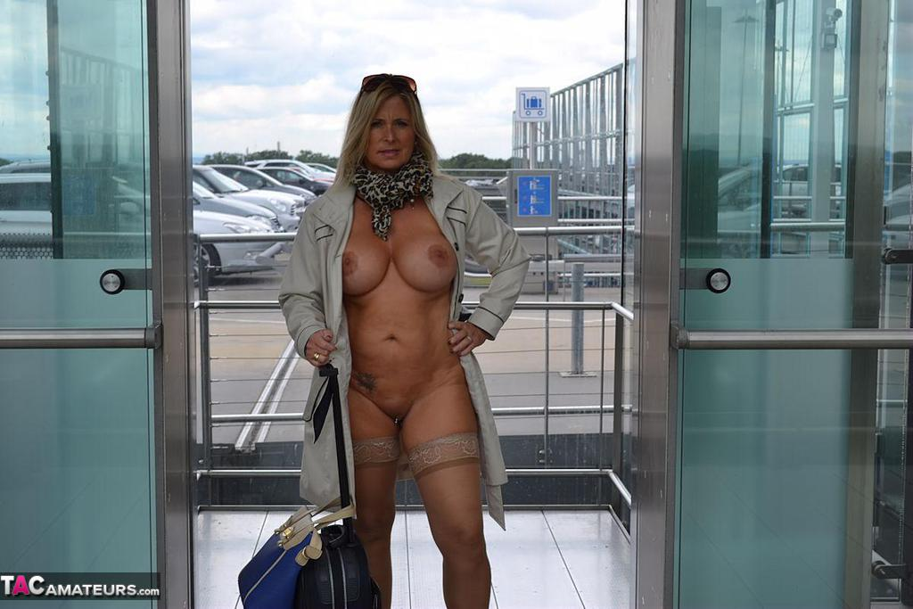 nude airpark