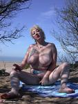 MaryBitch. On The Beach Free Pic 11