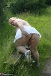 LexieCummings. Bicycle Free Pic 20