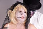 SpeedyBee. Zombie Bride Pt2 Free Pic 6