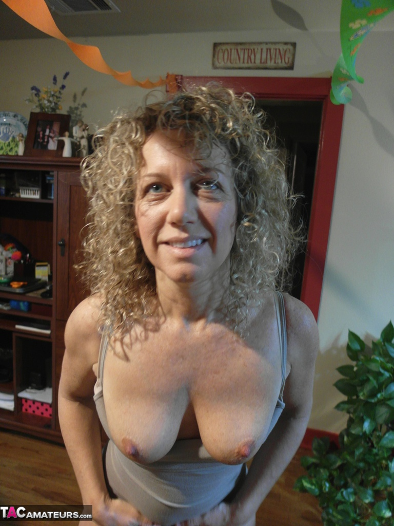 Naked middle ass aged housewife