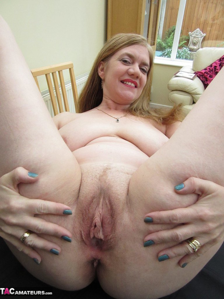 Hairy mom and housewife sucking cock and fucking hard