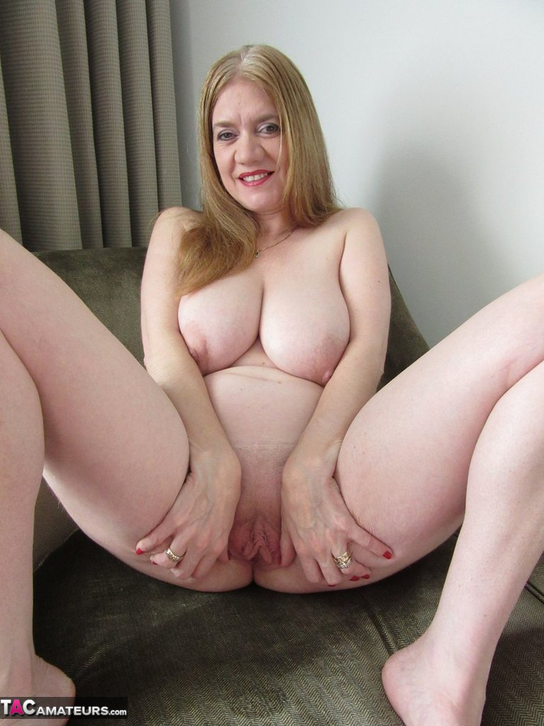 Amateur british slut is eager to please