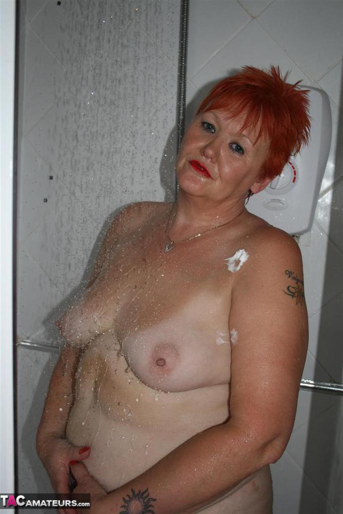 Val – dans la salle de bains