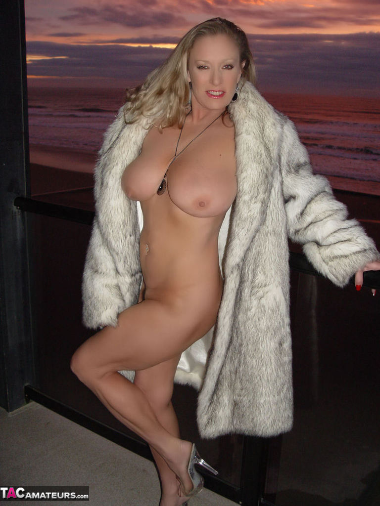 Awesome Ashley Porn Pics awesomeashley-pic n mix pictures