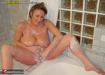 AwesomeAshley. Bathtime Fun Free Pic