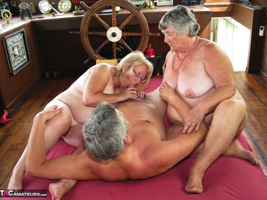 Senior fat bisexual women
