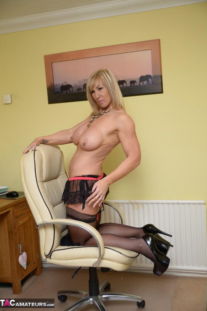 Depraved Amateur Saddling Chair Leg