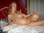 Luscious Models. Amanda Preggo Housewife 2 Free Pic 4