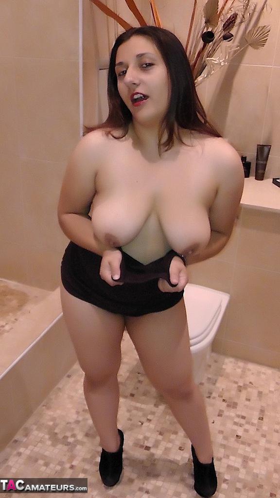 bathroom striptease