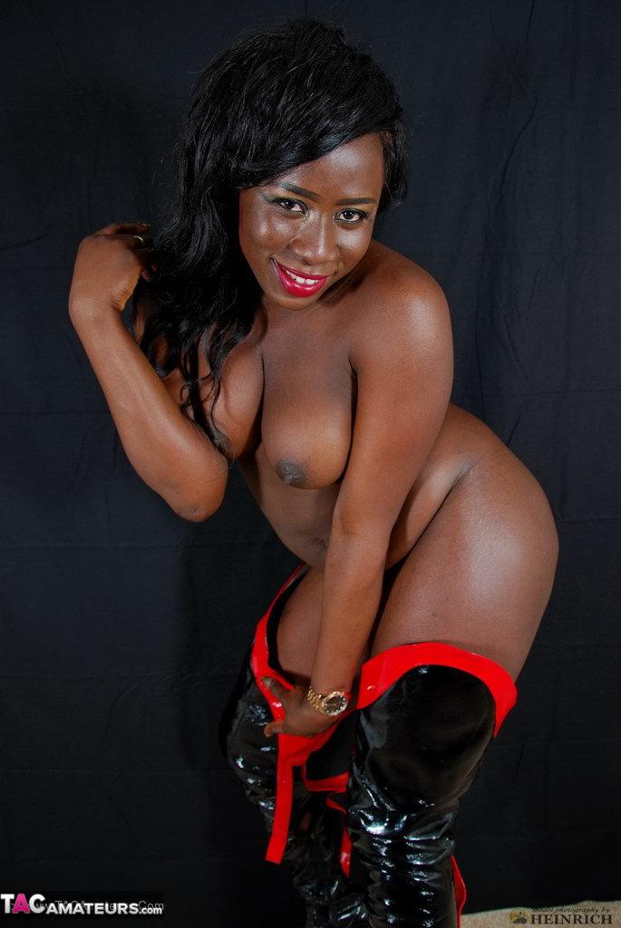Over free pics ebony models