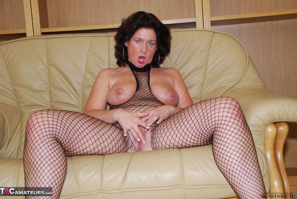 Hot legs mature slut