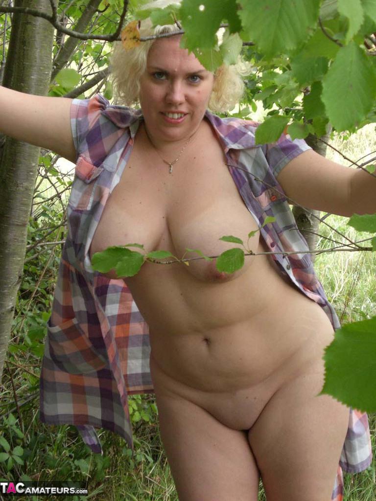 Sexy death nude busty