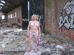 Barby. Barby Gets Naked By The Road Free Pic 6
