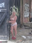 Barby. Barby Gets Naked By The Road Free Pic 10