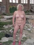 Barby. Barby Gets Naked By The Road Free Pic 15