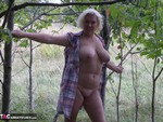 Barby. Barby Gets Naked By The Road Free Pic 17