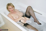 Sugarbabe. Getting Dirty In The Bath Free Pic