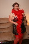 Kinky Carol. Burleque Babe Free Pic 5