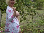 Barby. Barby Goes Apple Picking Free Pic 16