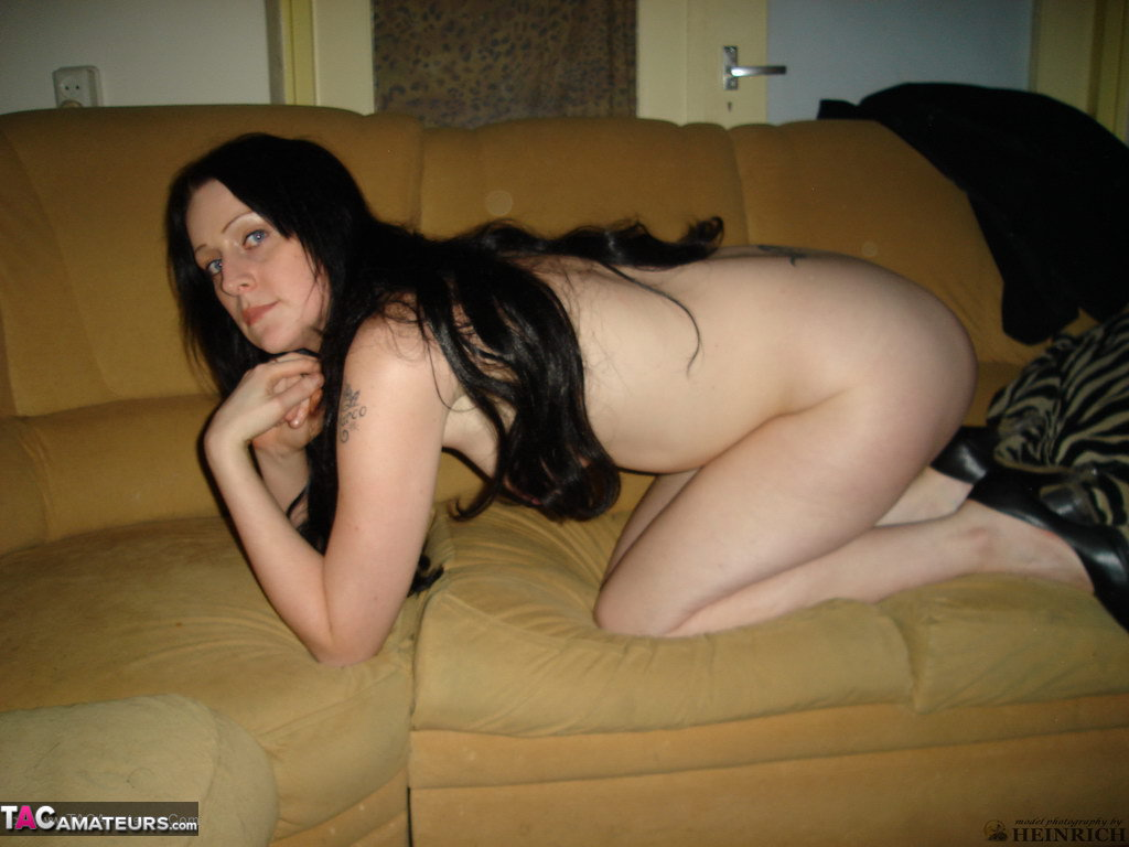 Are not amateur housewife nude pic think, that