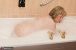 SpeedyBee. Bath Time Fun Free Pic 7