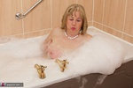 SpeedyBee. Bath Time Fun Free Pic 12