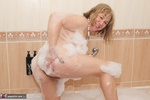 SpeedyBee. Bath Time Fun Free Pic 17