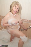 SpeedyBee. Bath Time Fun Free Pic 18