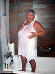 GrandmaLibby. Shower Time Free Pic 1