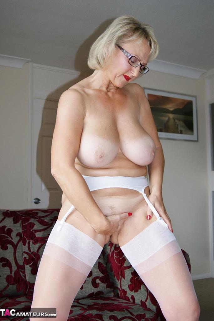 Download Full Picture Set of Virgin White Orgasm HERE: http://www.tacamateurs.com/refer/virgin-white-orgasm/24178/000000/tgp4/