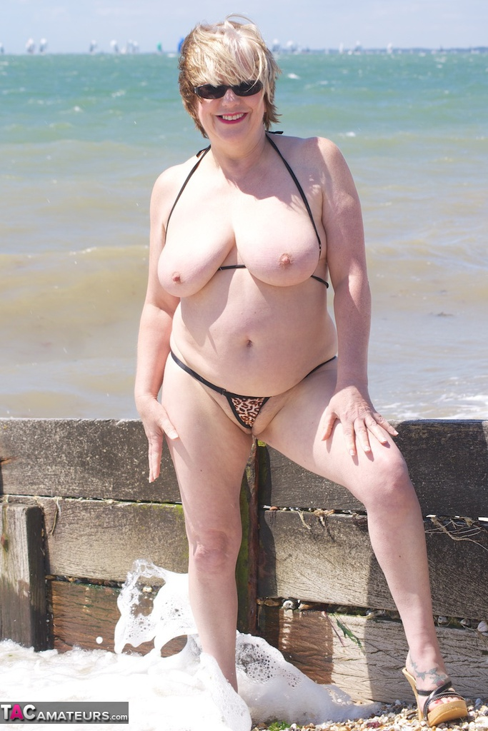 Sexy big titted bitches naked