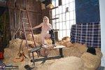 Barby Slut. Barn Baby Barn Free Pic 8
