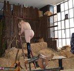 Barby Slut. Barn Baby Barn Free Pic 9