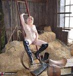 Barby Slut. Barn Baby Barn Free Pic 16
