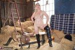 Barby Slut. Barn Baby Barn Free Pic 20