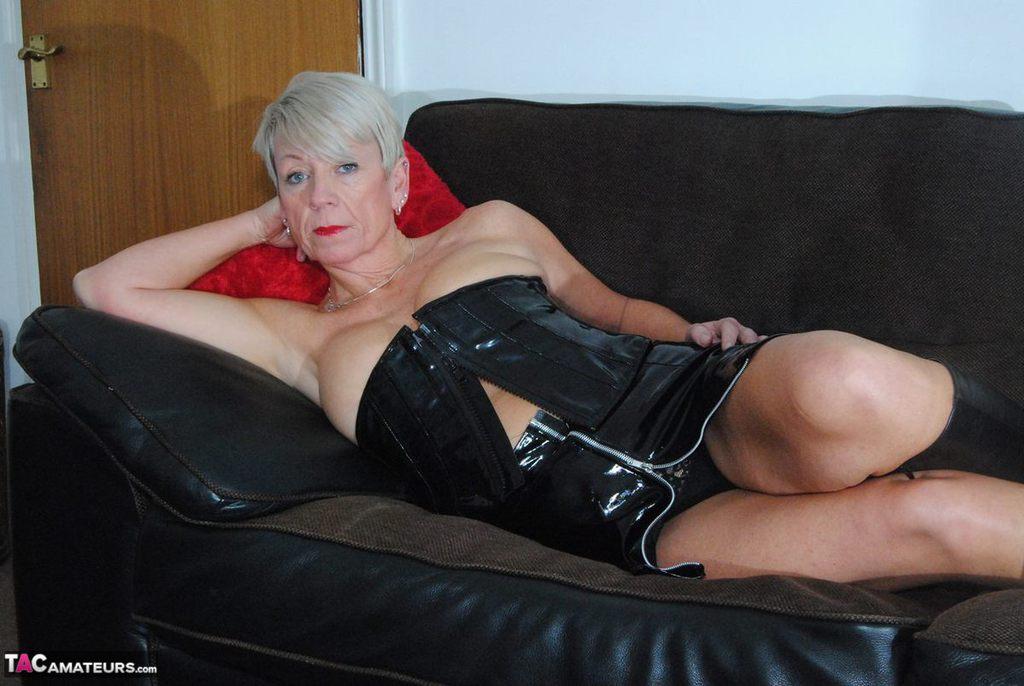 sexy horny pussy gif