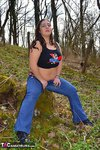 KimberlyScott. Outdoor Striptease Pt1 Free Pic