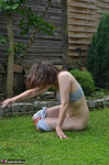 HotMilf. Sporty In The Garden Free Pic 13