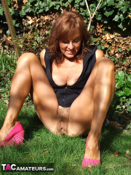 Milf in the garden